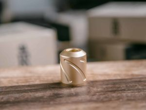 Hornet Grip 28mm - Gold