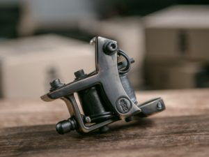 miniDOZZER FastLiner Bronze Tattoo Machine