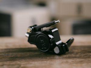 RightStuff CROSS rotary tattoo machine Black